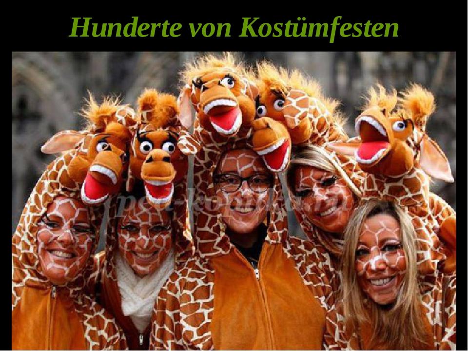 Hunderte von Kostümfesten