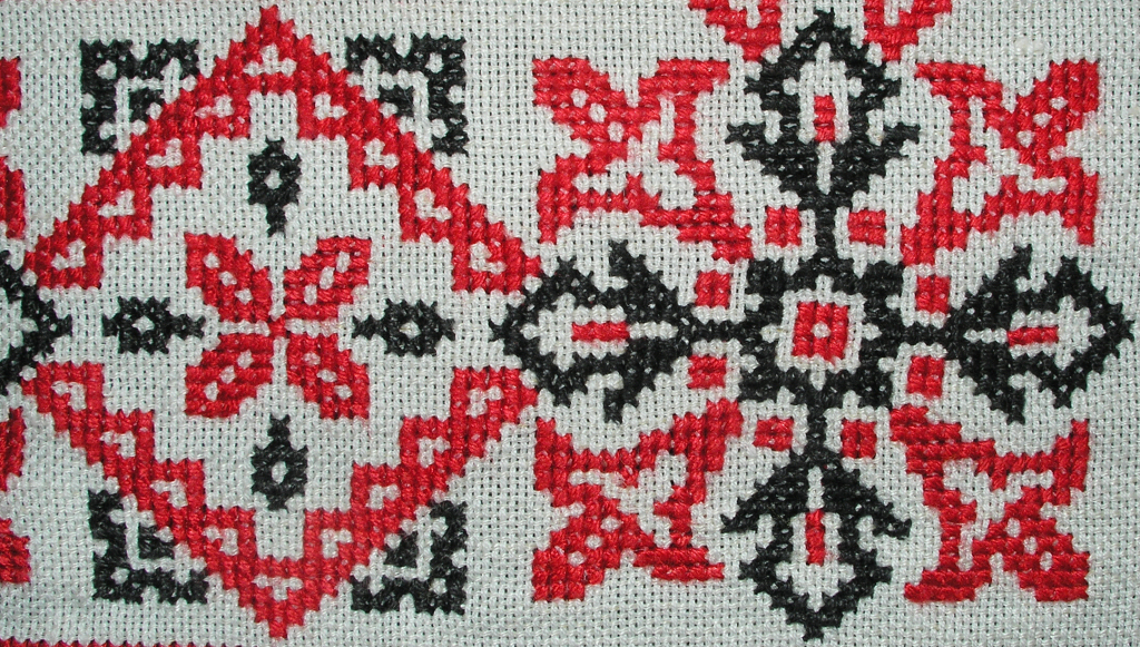 Фото с вышивкой крестом