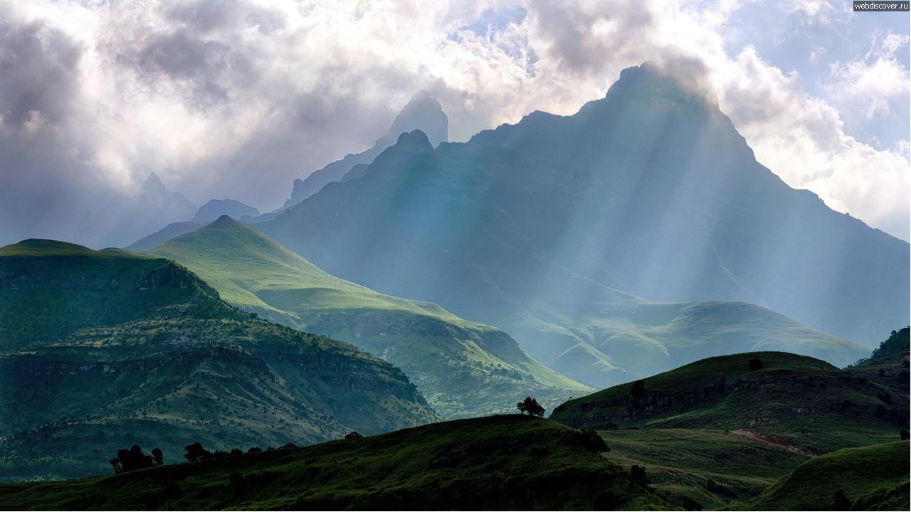 Достопримечательности Драконовы горы стали бы достойным бэкграундом для очере...