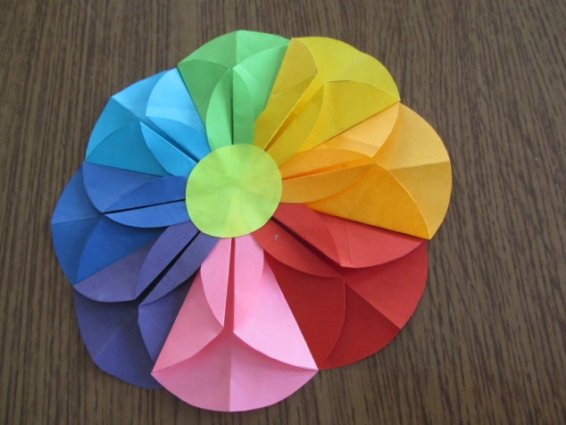 Как сделать семицветик из бумаги своими руками