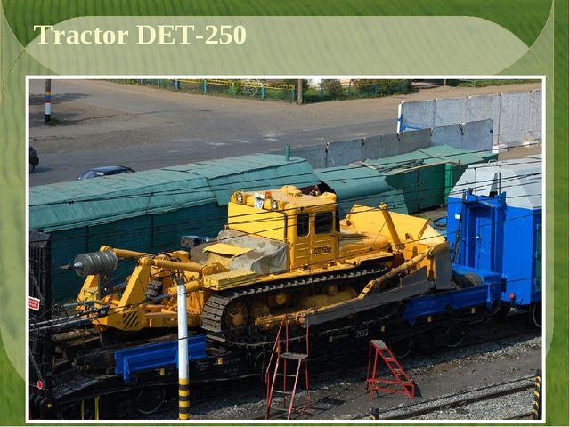 Tractor DET-250