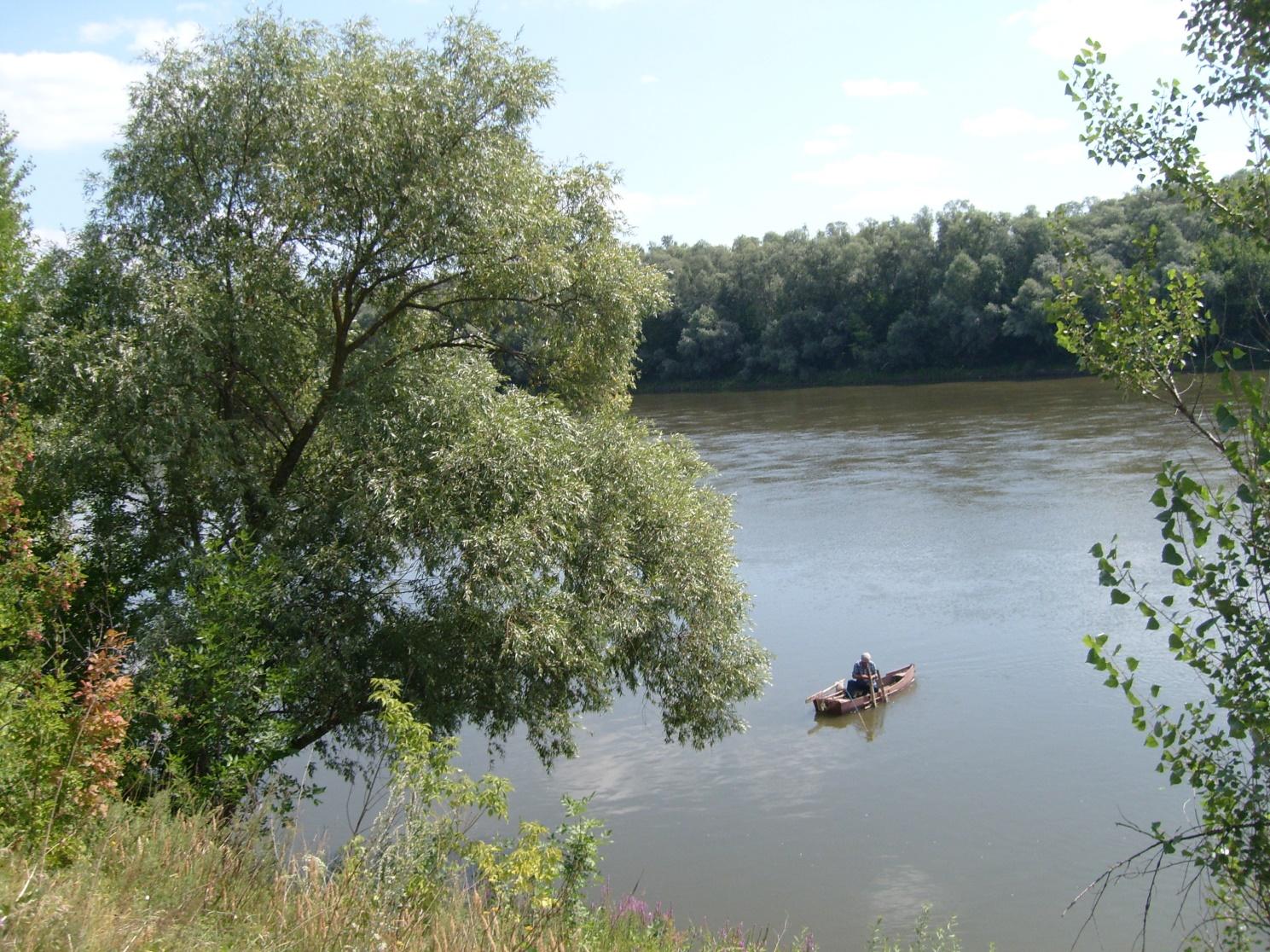 рыбалка в озере села родное
