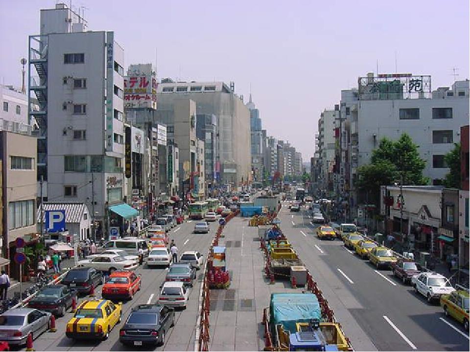 А вот квартал современных многоэтажных домов Токио.