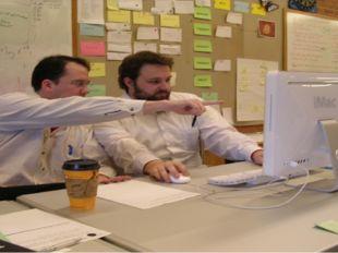 Выпускники могут работать в качестве: ERP- и Web-программистов и консультанто