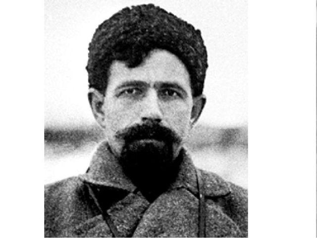 В сентябре 1937 года Дыбенко был снят с должности командующего Ленинградским...