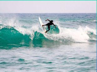 Самая главная достопримечательность острова Бали, по мнению серферов, это вов